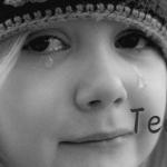 生きる力、命の灯と情熱の生まれる背景に頬を伝う涙で気づく